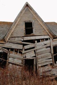 Wood Shingles & Shakes - asphalt roof vs wooden roof